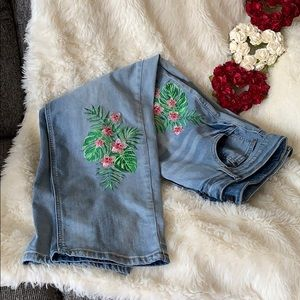 Jeans with great detail